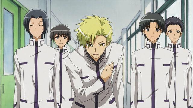 File:Miyabigaoka students.jpg