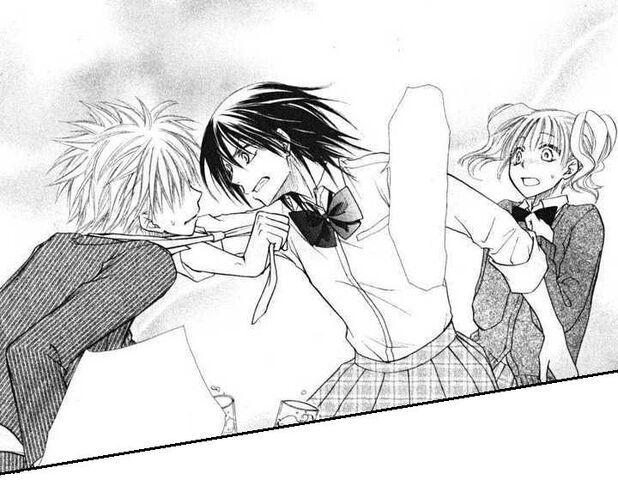 File:Misaki grabs Kuuga in anger.jpg