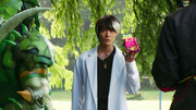 Taiga confronts Graphite and Parad