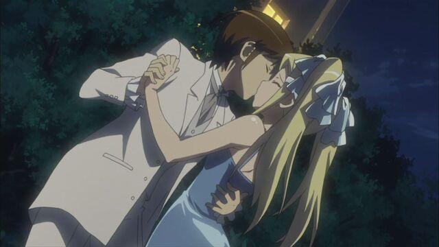 File:Keima and Mio kisses.jpg