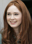 Karen-Gillan-as-Amy-Pond-karen-gillan-as-amy-pond-17155328-595-815