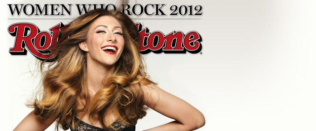 File:Amy from Karmin Rolling Stones.jpg