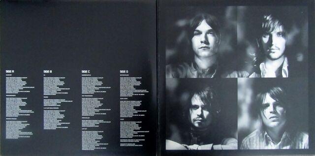 File:Kasabian 2x10 Vinyl Album (PARADISE18) - 2.jpg