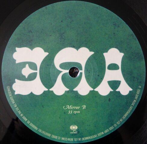 File:Where Did All The Love Go 10 Vinyl Single (PARADISE65) - 4.jpg