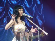 Katy Perry 361 - Zenith Paris - 2011 (5512335261)