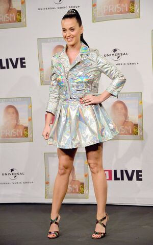 File:Katy-perry-at-radio-station-1-live-in-cologne 8.jpg