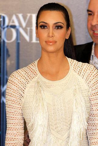 File:405px-Kim Kardashian 3, 2011.jpg