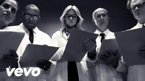 Kelly Clarkson - People Like Us-0