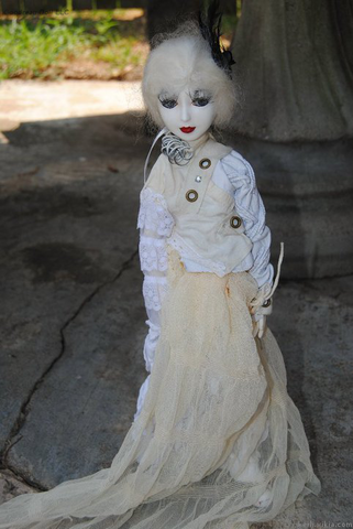 File:Goodreau Tea Party dolls (26).png