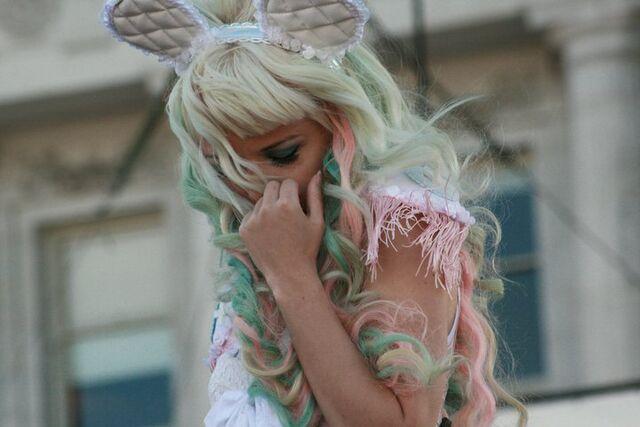 File:San Francisco Pride Kerli 4.jpg