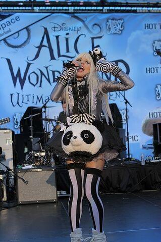 File:Alice In Wonderland Ultimate Fan Event (5).jpg