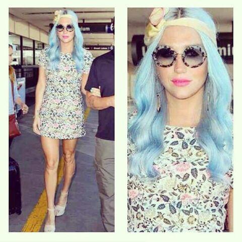 File:Keshas twitter 42 2014.jpg