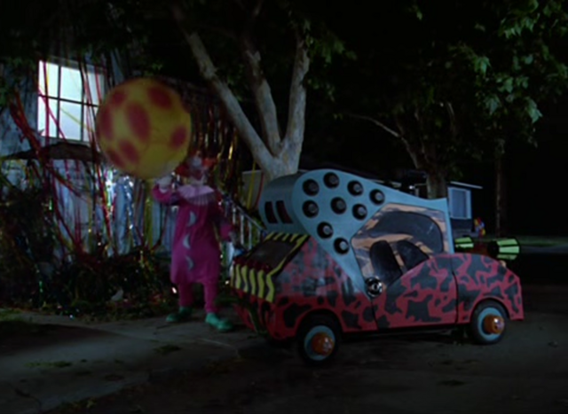 File:Killer Klowns Screenshot - 103.png