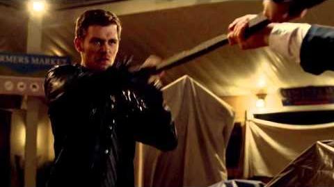The Originals 1x01 klaus elijah fight
