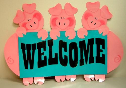 File:Welcome Piggies.jpg