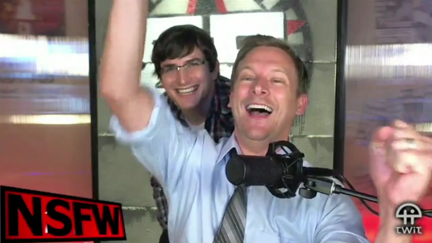 File:Robert on NSFW Show 4.PNG