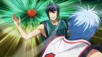 Kuroko's Ignite Pass surprises Hanamiya