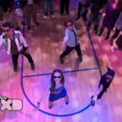 The Lab Rats' dancing