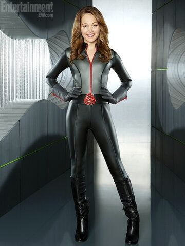 File:Bree new mission suit.jpg