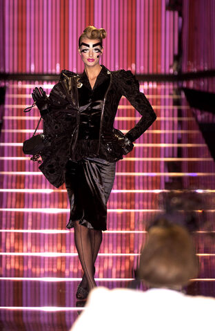 File:John Galliano - Fall 2003 Collection 001.jpg