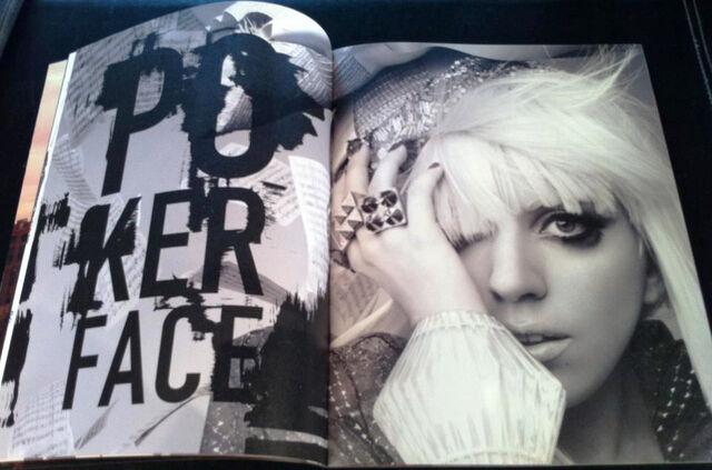 File:Super Lady Gaga 011-012.jpg