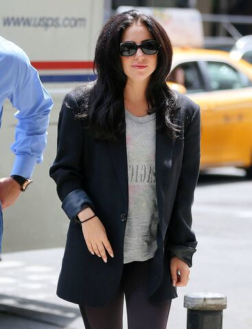 File:5-12-15 Arriving at Fresh and Co Restaurant in NYC 001.jpg