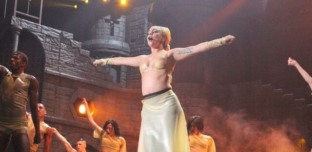 File:The Born This Way Ball Tour Black Jesus Amen Fashion 006.jpg