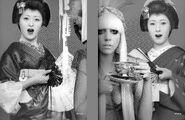 Super Lady Gaga 033-034