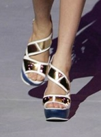 File:Manish Arora Spring 2009 (Shoes).jpg