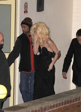 File:12-6-09 arriving at the x factor 02.jpg