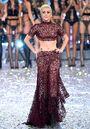 11-30-16 Performance at Victoria's Secret FS at The Grand Palais Des Champs-Élysées in Paris 011