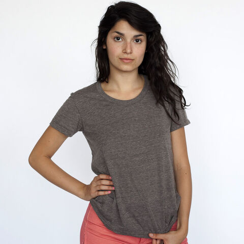 File:American Apparel - Grey t-shirt.jpeg