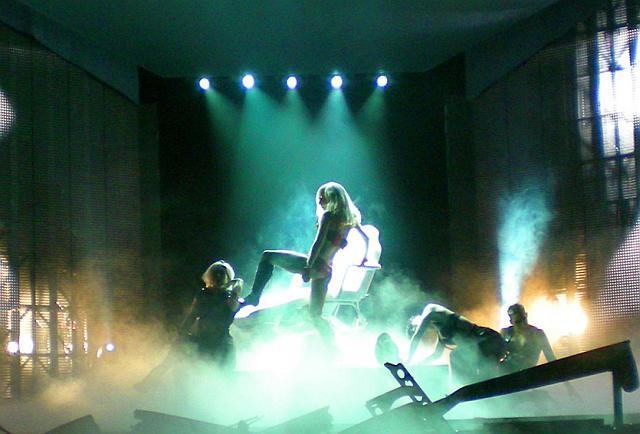 File:PaperGangsta-MB-Theater.jpg