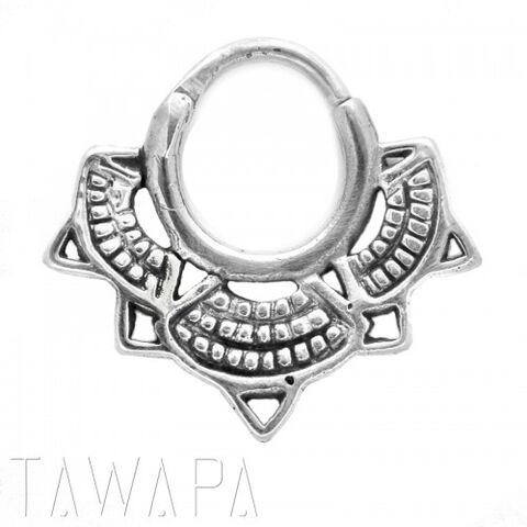 File:Tawapa - Lotus septum small diameter silver.jpg