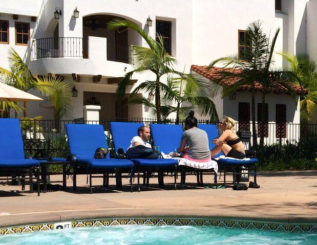 File:6-1-14 At Hotel in San Diego 001.JPG