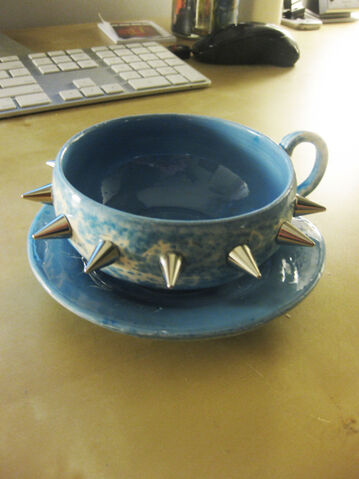 File:Spiked Teacup.jpg