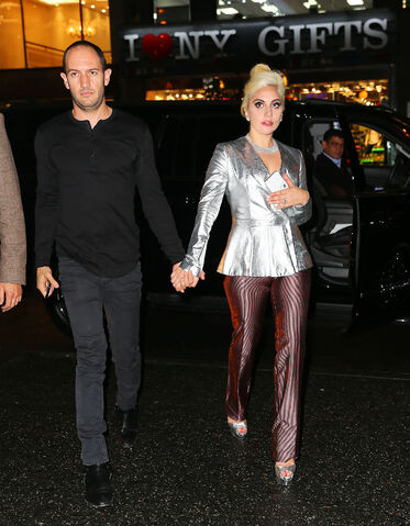 File:11-5-15 Arriving at a Studio in NYC 001.jpg