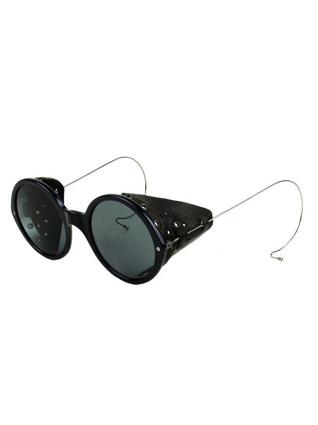 File:Thom Browne Fall Winter 2011 Sunglasses.jpg