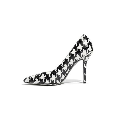 File:Salvatore Ferragamo Fall 2011 Houndstooth Pumps.jpg