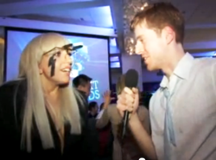File:5-19-08 NewNowNext Awards Interview 001.png