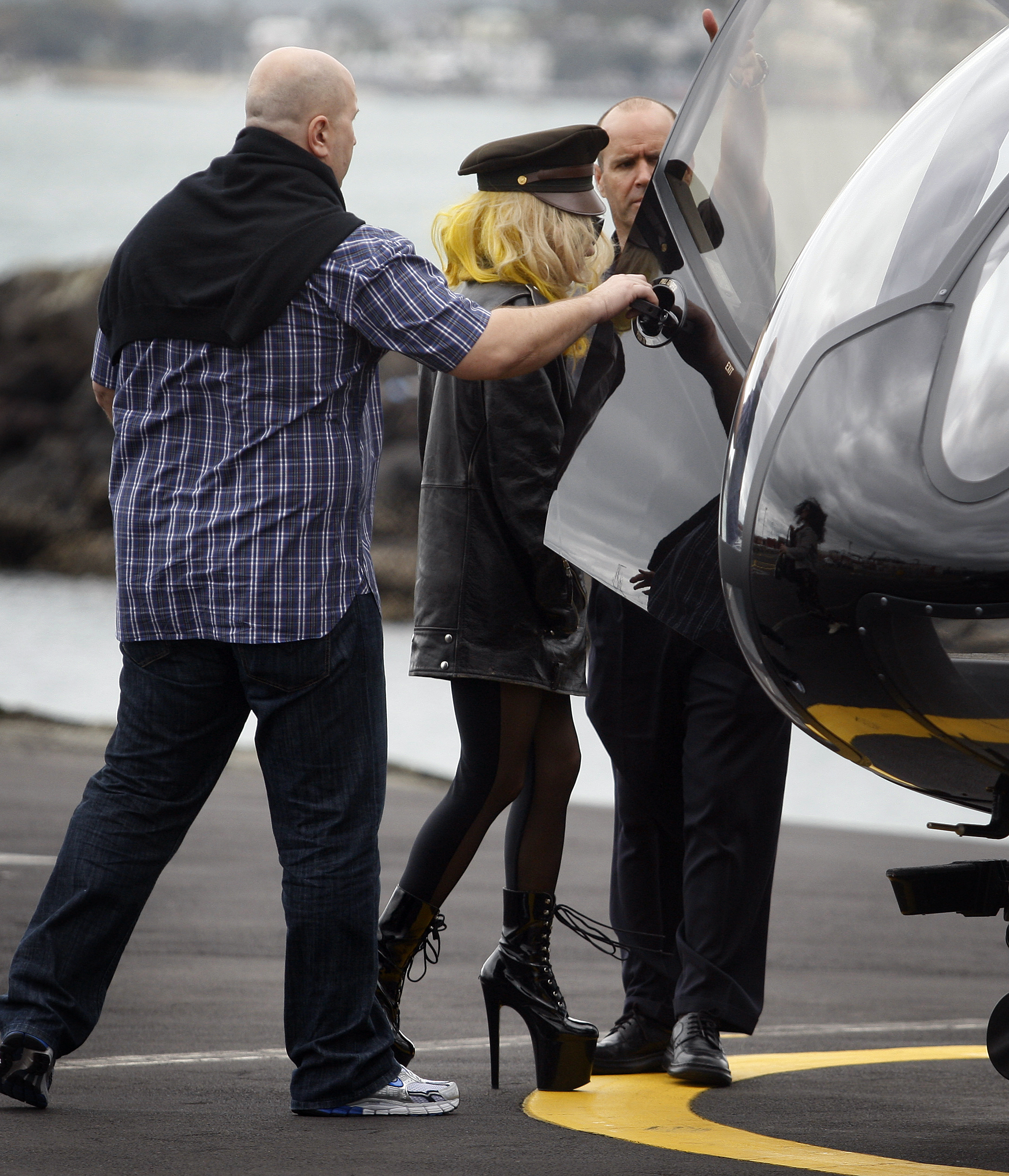 File:3-15-10 At Heliport in Auckland 001.jpg