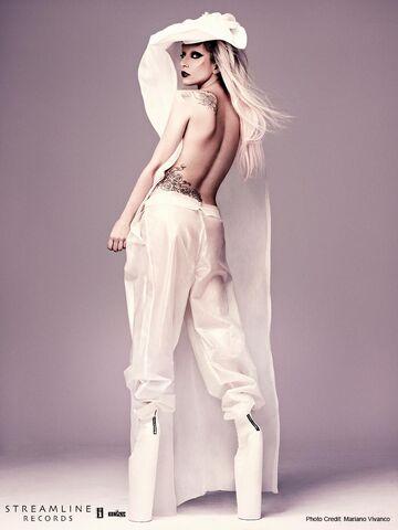 File:Born This Way USB - Mariano Vivanco 019.jpg