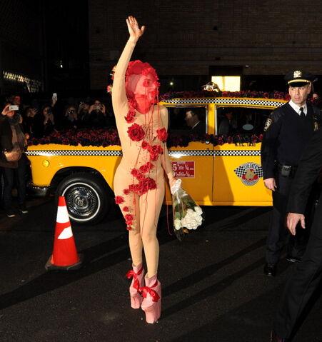 File:3-28-14 Returning at Roseland Ballroom in NYC 002.jpg