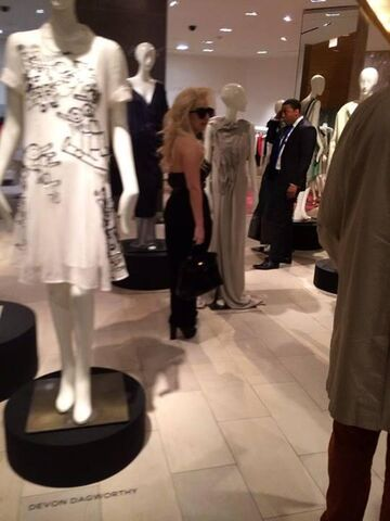File:5-23-14 At Saks Store in NYC 001.jpeg