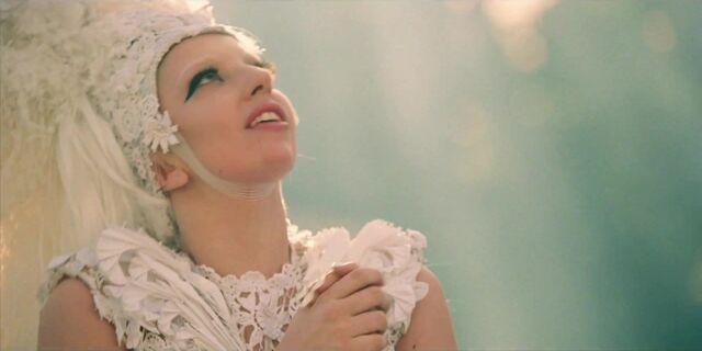 File:G.U.Y. - Music Video 022.jpg