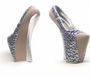 File:Jan Taminiau Fall 2010 Couture Shoes.jpg