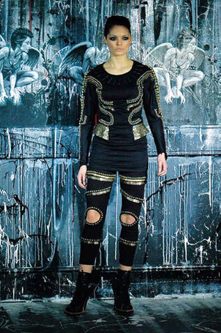 File:KTZ Fall Winter 2009 Outfit.jpg