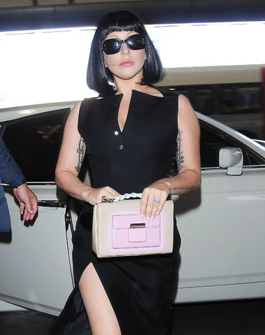 File:5-3-15 At LAX Airport in Los Angeles 002.jpg