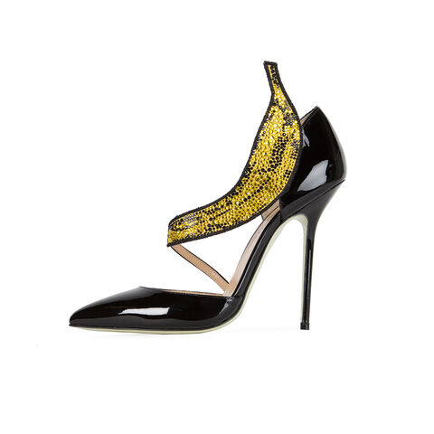 File:Giannico - Warhol Banana shoes 002.jpg