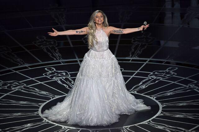File:2-22-15 Oscars Performance 001.jpeg